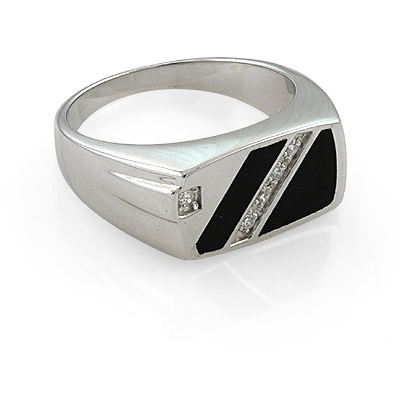 Кольцо мужское из серебра с фианитами 94d49f39b5885